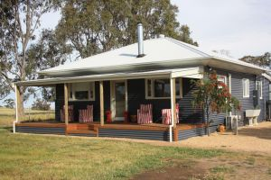 Rabbiters Hut - Accommodation Mermaid Beach