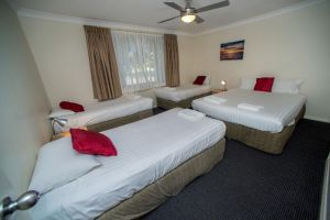 Beaches Serviced Apartments - Accommodation Mermaid Beach