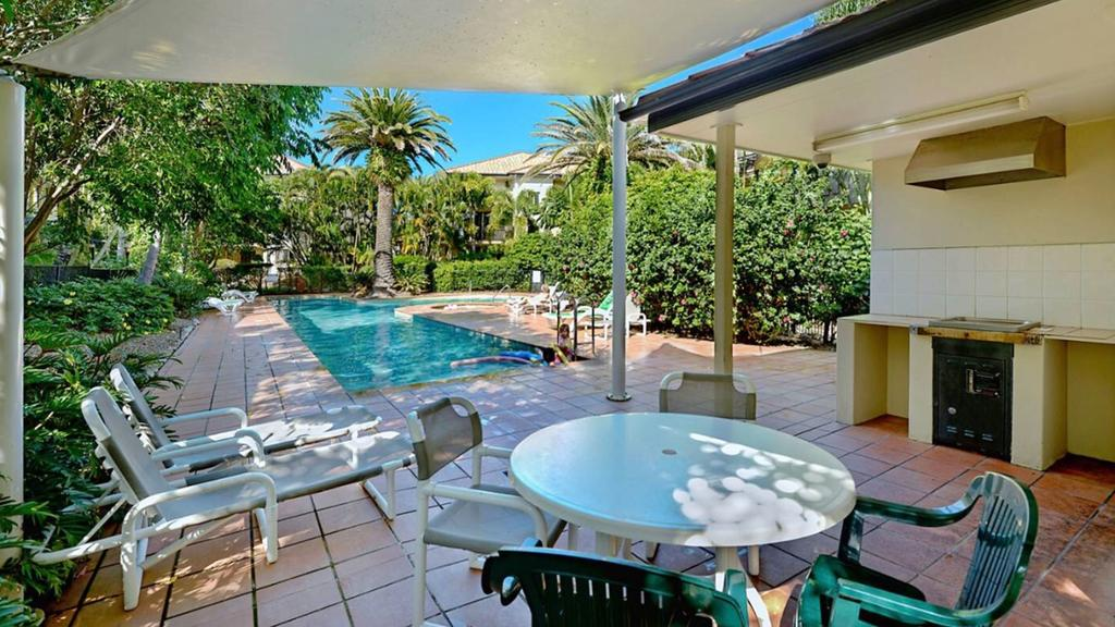 Turtle Beach Private Superior Apartment - Accommodation Mermaid Beach